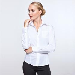 Camisa de manga larga, corte entallado con pinzas en delantero y espalda. SOFIA