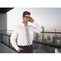 Camisa de manga larga y corte clásico